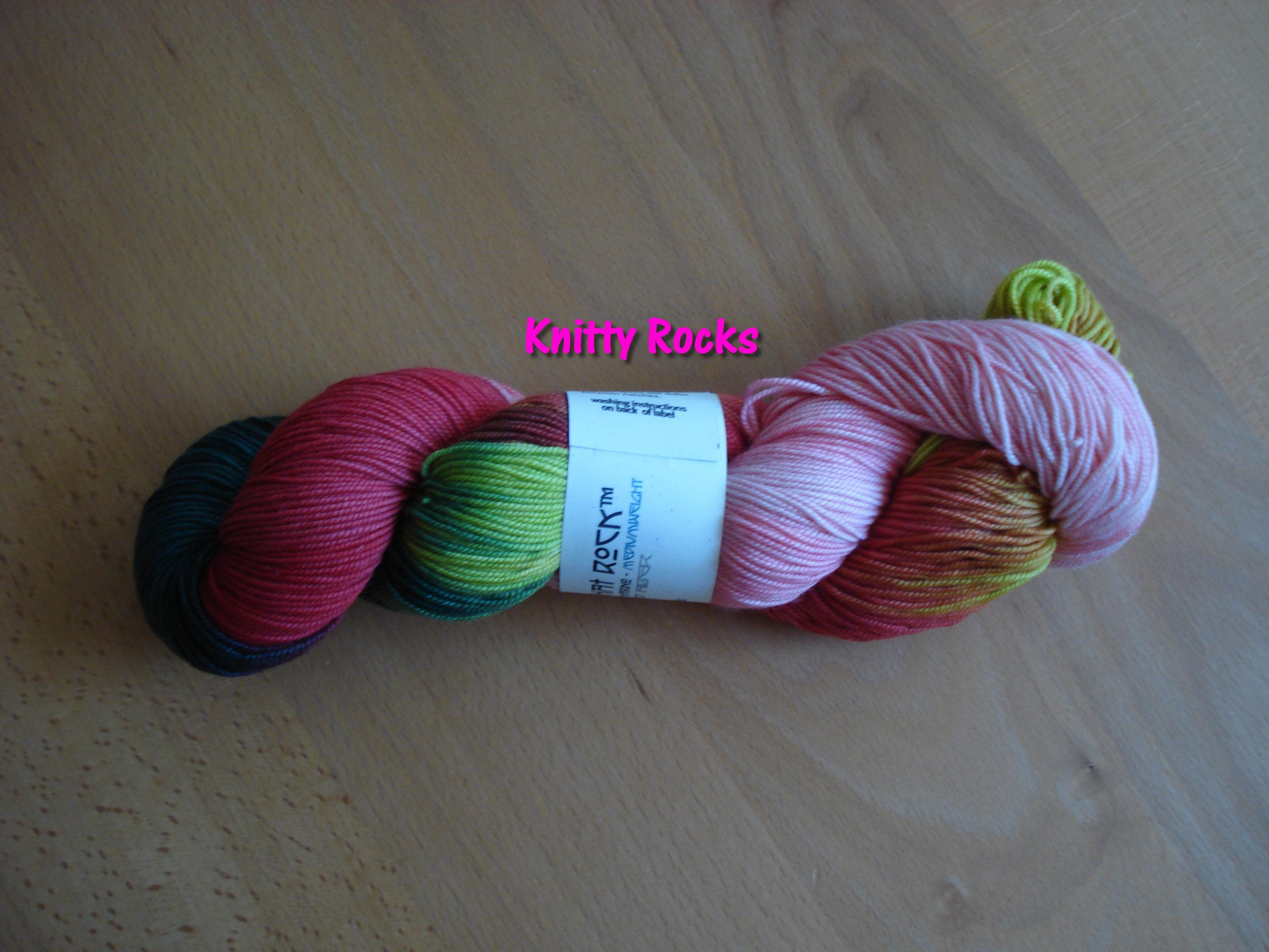 str-knitty-rocks.JPG